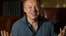 Graham Norton talks up dogs, booze, divas, Ireland