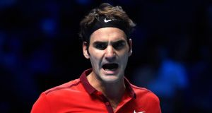 Roger federer has had to withdraw from the ATP World Tour final against Novak Djokovic due to injury