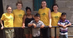 The UCDVO physiotherapy team of volunteers with members of the community of Las Palmiras, Nicaragua.