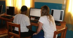Volunteers from UCDVO and TanzEd give computer courses for teachers in Morogoro, Tanzania.
