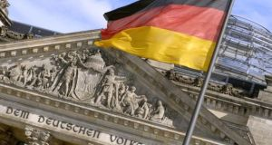 Germany's debt agency said it planned to issue around €147 billion in longer-term nominal capital market instruments in 2015 and around €38.5 billion in money market instruments