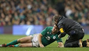 L'Equipe report  that the Top 14 medical committee have banned Johnny Sexton from returning to play until February 14th. Photograph: Colm O'Neill/Inpho
