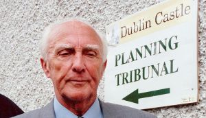 George Redmond outside the Flood  tribunal in 1999. Photograph: Paddy Whelan