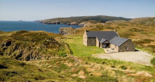 Image Gallery Irish Coastal Cottage