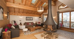 Living area of the luxurious Chalet La Marquise in Sainte Foy