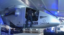 Futuristic Airlines: first round-the-world solar flight