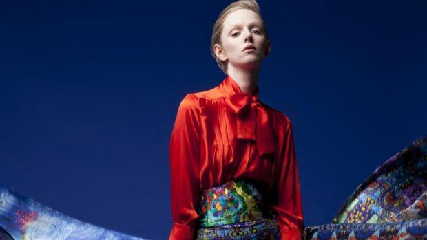 Fashion In Praise Of Jennifer Rothwell Print