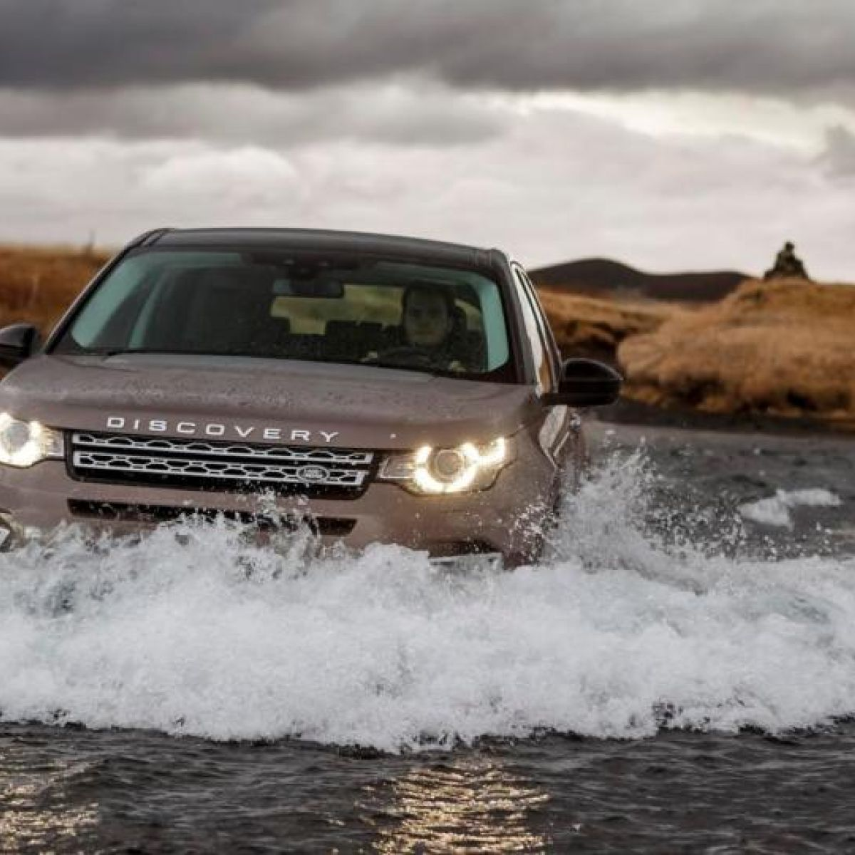 Road Test Land Rover Discovery Sport Sidelines The Range Rover