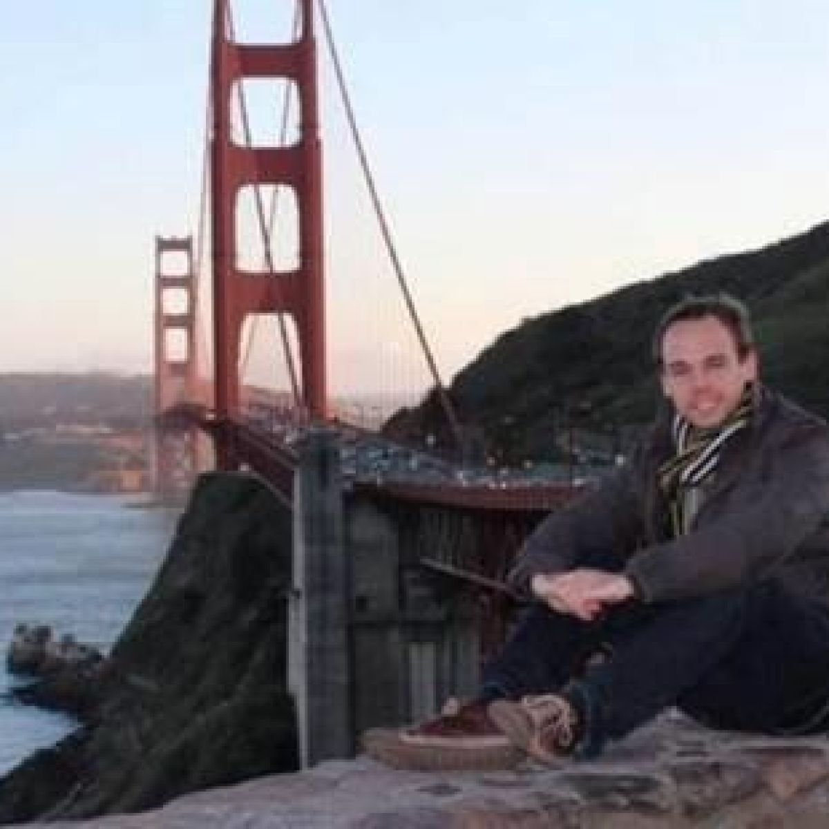 Police search home of co-pilot after Germanwings crash