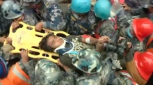 Nepal earthquake: teenager rescued from rubble after five days
