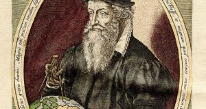 Flemish geographer Gerardus Mercator: devised a map on which loxodromes appear as straight lines