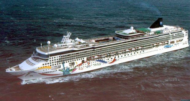 Norwegian Cruise Line Ship Runs Aground In Bermuda