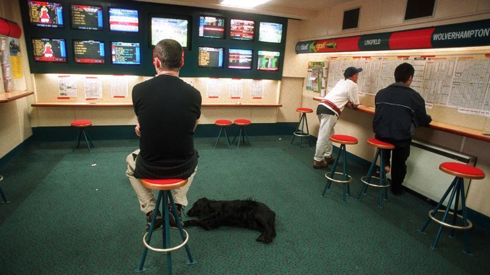 Betting shop jobs ireland make money betting horses to show