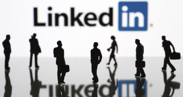 with a targeted linkedin profile that catches readers attention youll position yourself