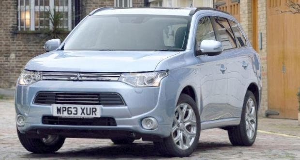 Best buys eco cars mitsubishi outlander phev fandeluxe Gallery