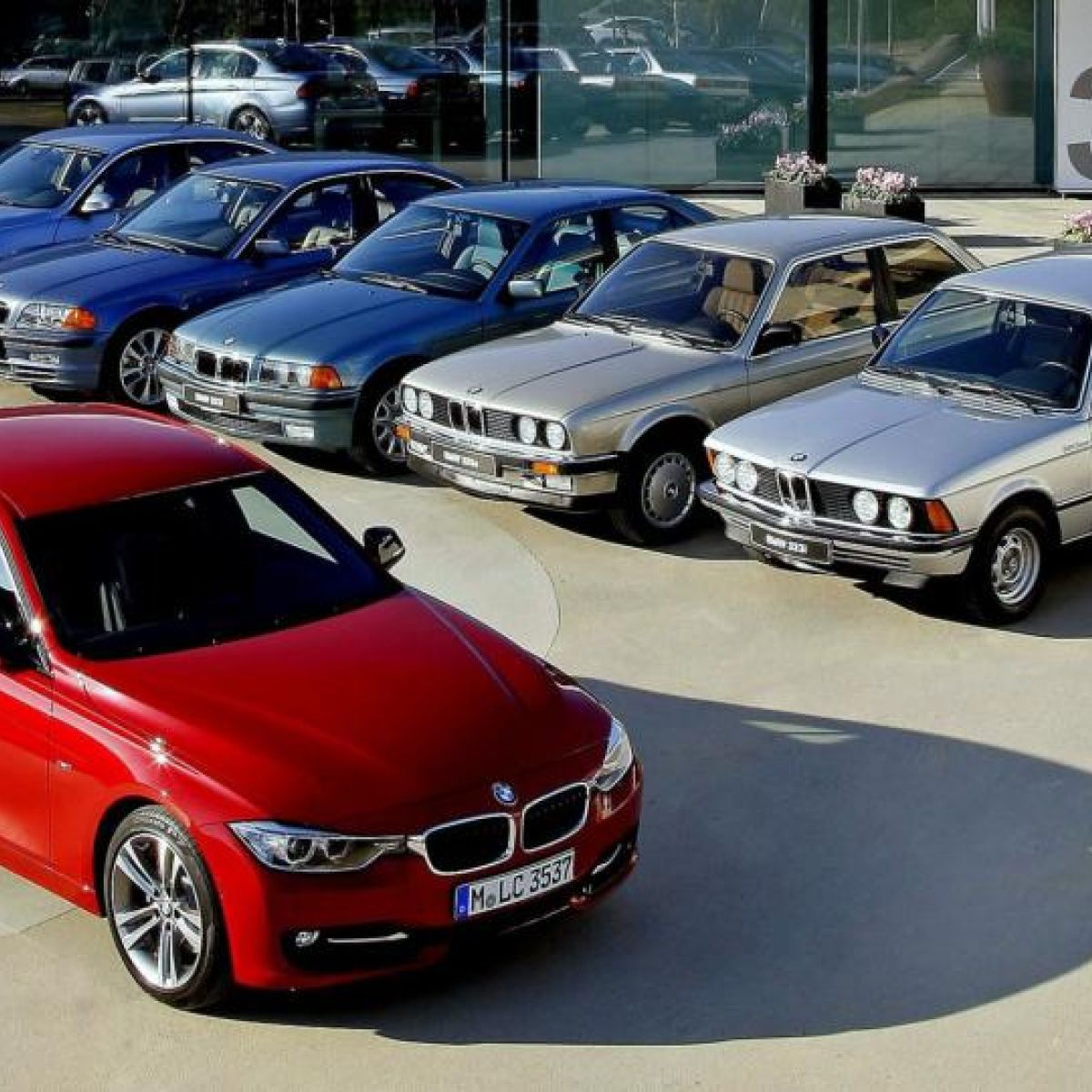 ffeb8db81b BMW s big-selling 3-Series hits its 40th birthday