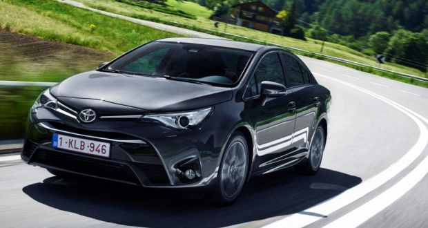 Toyota Avensis An Old Reliable Gets A New Styling