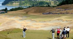 Jordan Spieth of the United States hits his tee shot on the 14th hole during the second round of the 115th U.S. Open Championship at Chambers Bay on June 19, 2015 in University Place, Washington. Photo: Andrew Redington/Getty Images