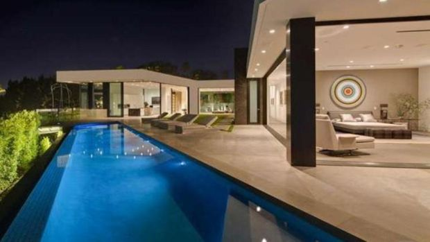 Calvin Klein buys McKillen-built LA home for $25 million