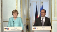 Hollande and Merkel urge Greece to offer quick proposals