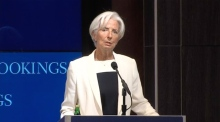 Lagarde: IMF 'should not bend the rules' for Greece