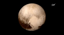 Nasa calls Pluto 'scientific wonderland' as flowing ice found