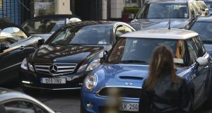 More than half of travellers use cars for journeys under 2km