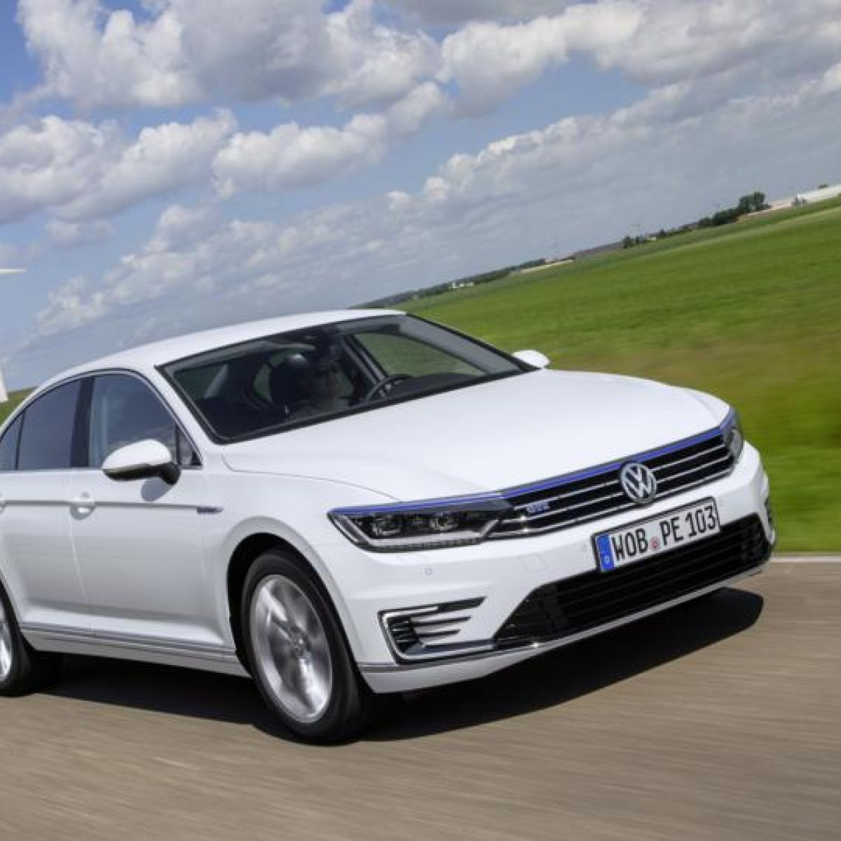 Volkswagen electric hybrid aims to bring technology within range