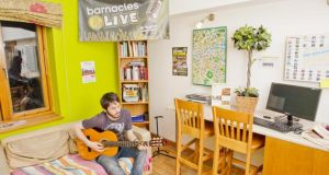 Staff at Barnacles hostels provide free entertainment – and hugs