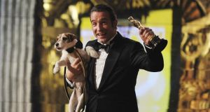 Sad tail as uggie canine star of the artist dies in for Jean dujardin religion