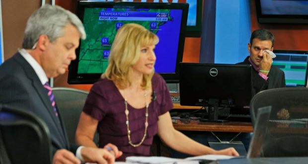 Grieving WDBJ-TV staff come together for emotional broadcast