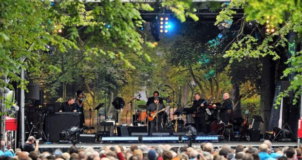 Van Morrison Performs Live On Cyprus Avenue Belfast His 70th Birthday August