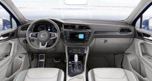 Interior of the new VW Tiguan: very similar to the recently launched Passat