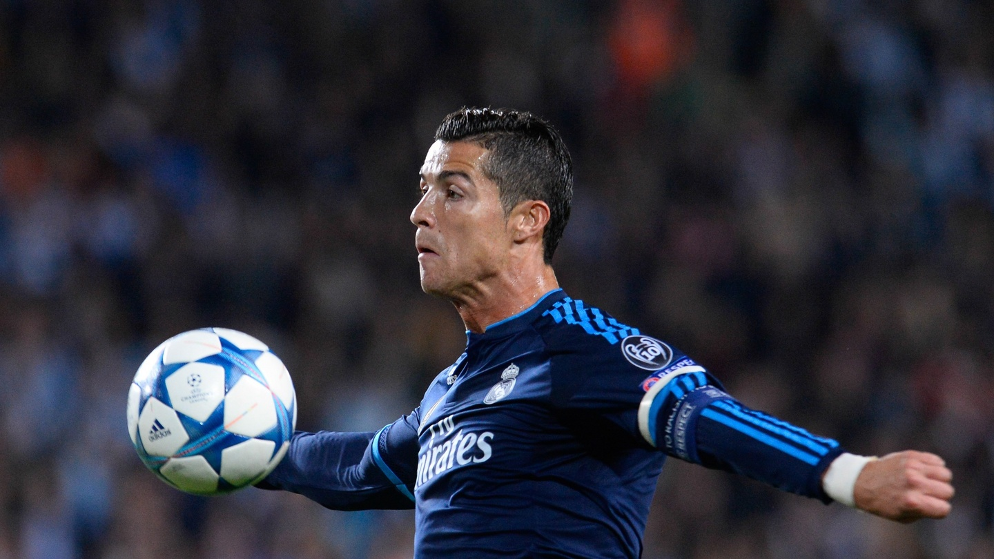 check out 792c9 d0bff Cristiano Ronaldo equals Raul's Real Madrid record of 323 goals