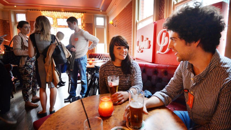 Speed dating downers grove il, Hotflirt nl