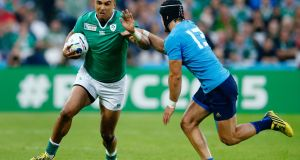 Simon Zebo - 6: He got one chance to stretch his legs at the end of the game and gave a glimpse of what he can do. Must be given ball or why play him?