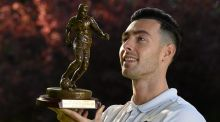 Dundalk's  Richie Towell with his SSE Airtricity/SWAI Player of the Month Award for September. Photograph:  Ray McManus/Sportsfile