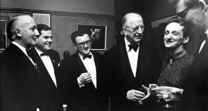 At the Ó Riada sa Gaiety Concert, March 1969, from left: Seán Ó Riada, Seán Ó Sé, Niall Toibín, President Éamon de Valera, Ruth Ó Riada and Breandán Ó Buachalla. Photograph:  Gael Linn