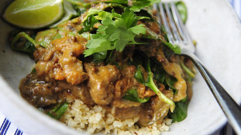 Domini Kemp The Magic Of Making A Curry