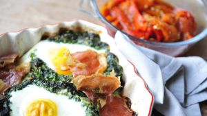 Lazy egga florentine with smoked peppers. Photograph: Aidan Crawley
