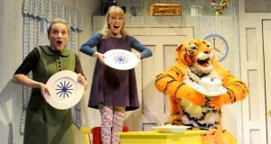 Judith Kerr's 1968 classic The Tiger Who Came to Tea is brought to life with retro vim in a musical adaptation by David Wood, as a mysterious tiger arrives at a young girl's front door and eats his way through every item in her fridge