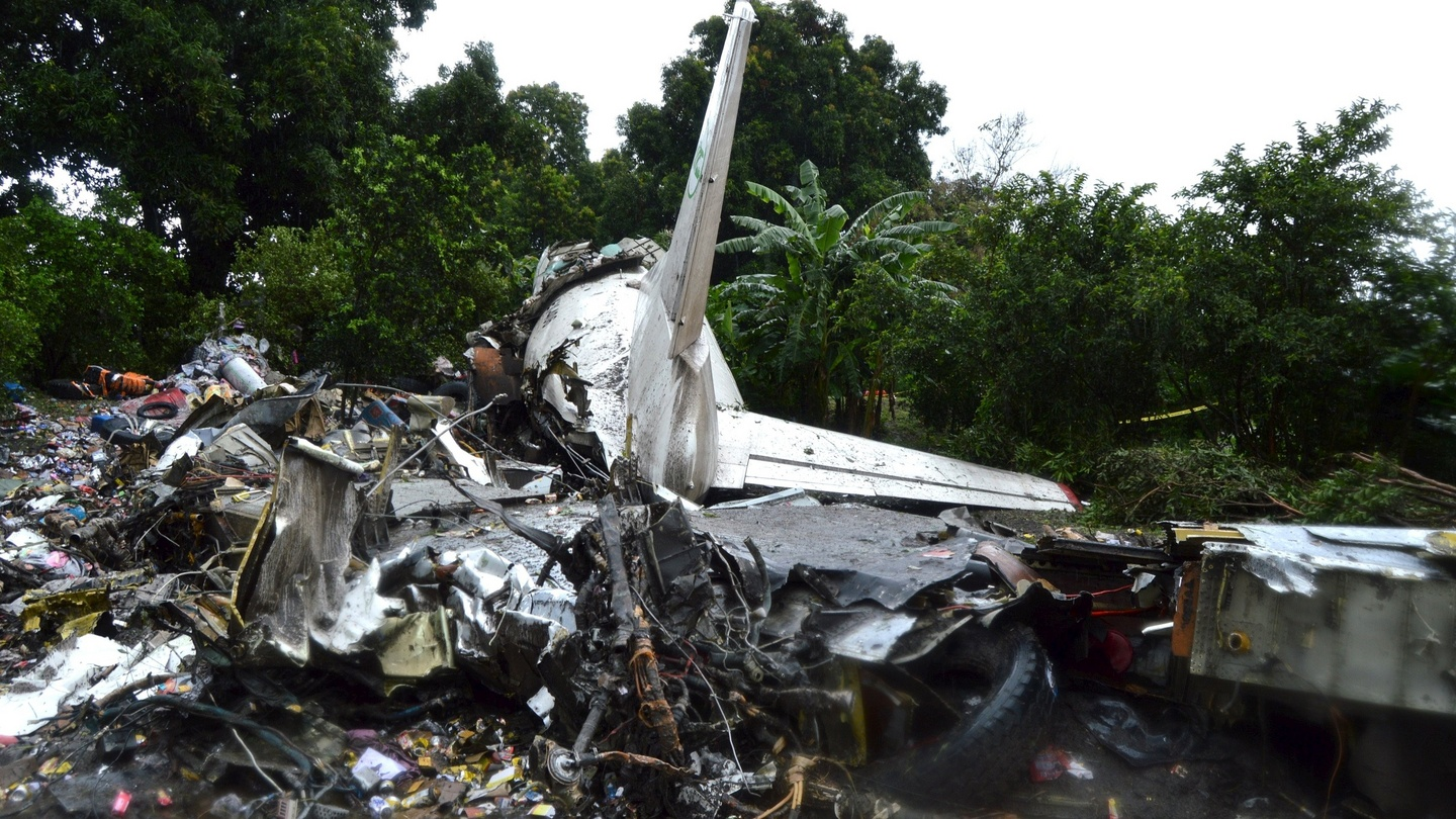 At least 41 dead as cargo plane crashes in South Sudan