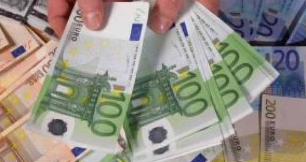 Household net worth rose by €129,454 to €600.1 billion during the second quarter, up 0.6 per cent on the first three months of the year