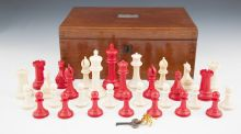 Jaques Staunton ivory chess set estimated at €8,000-€10,000