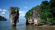 Phang Nga Bay in Thailand: touring islands by canoe