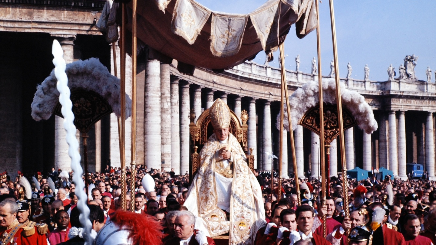 an essay on vatican ii What was the second vatican council the second vatican council, or vatican ii as it is often called, was an ecumenical council, (which means it affected the worldwide christian community) of the roman catholic church.