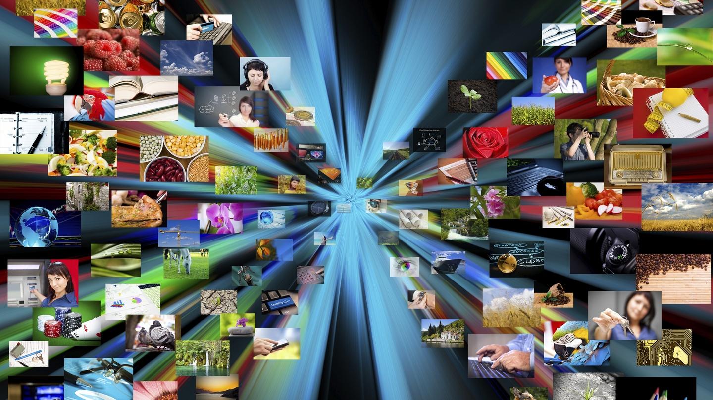 It\'s the big screen Christmas battle: Apple TV vs Chromecast