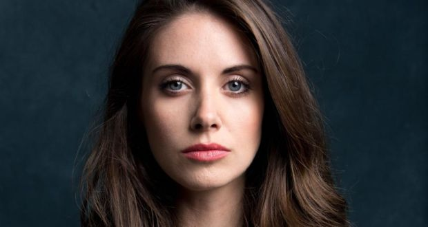 "Alison Brie: ""We didn't mind [Community] being a cult show"
