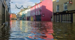 Bandon town centre, Wednesday, December 30th, 2015. Photograph: Daragh Mc Sweeney/Provision