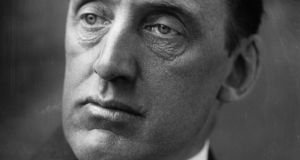 1904:  Unionist leader and founder of the paramilitary Ulster Volunteer Force Edward Carson (1854-1935), Conservative MP for Dublin University.  (Photo by George C. Beresford/Beresford/Getty Images)